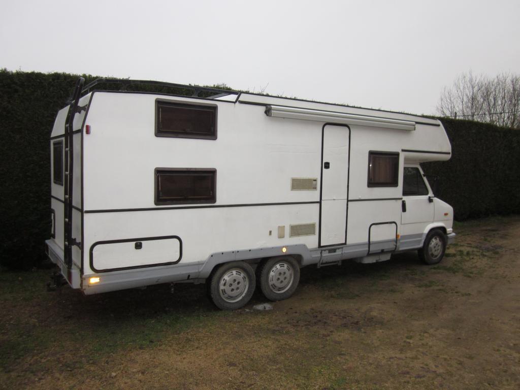 J Camping Car Double Essieux
